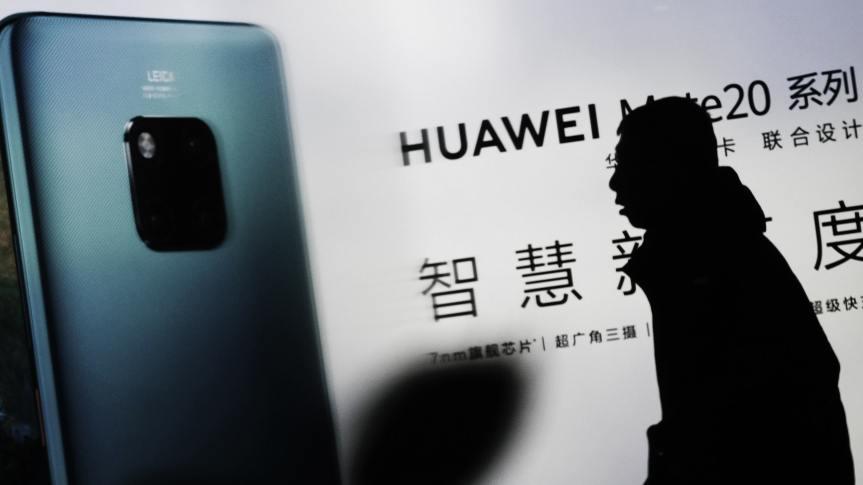 Huawei entra en lista negra de Trump y Google suspende negocios conellos